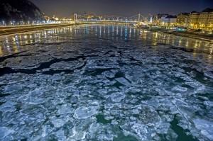 Jégzajlás Budapesten